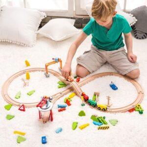 Дървено влакче с релси - 110 части - Детски играчки - Конструктори - Дървени играчки