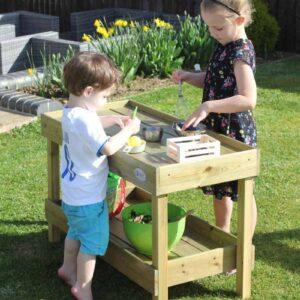 Детски кухненска маса с аксесоари за игра на открито - Мебели и играчки за детски градини и центрове - Игри на открито