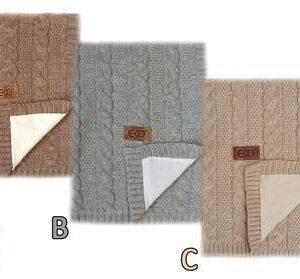 Плетено одеяло с памучна подплата - За бебето - Аксесоари за детска стая - Завивки / Одеяла