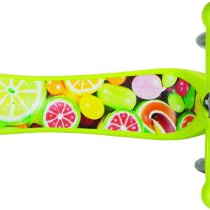 Тротинетка Primo Fantasy Light със светещи гуми - Зелена с щампа плодове - Тротинетки - Играчки за навън - Тротинетки с 3 колела за деца