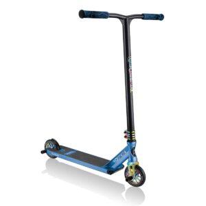 Ултраздрава фрийстайл тротинетка Globber GS 900 DELUXE - черна/синя - Тротинетки - Играчки за навън - Фрийстайл тротинетки за скачане и трикове